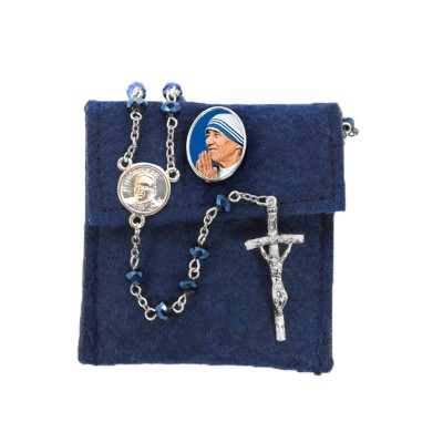 "Pochette in felt with pin ""SAINT THERESA OF CALCUTTA"" and crystal glass rosary"