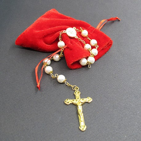 Velvet pouch with rosary